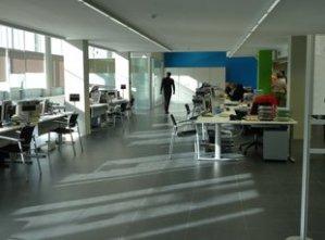 Oficina del SOC,  a la plaça Ernest Lluch